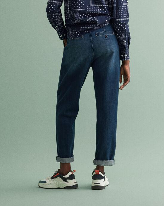 Pantaloni chino di jeans a vita alta con piega